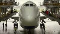 Engineering Giants: Jumbo Jet Strip Down