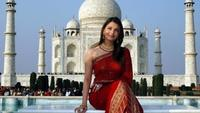 Secrets Of The Taj Mahal